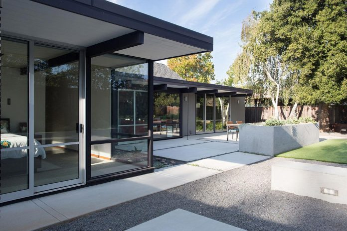renewed-classic-eichler-sunnyvale-california-klopf-architecture-11