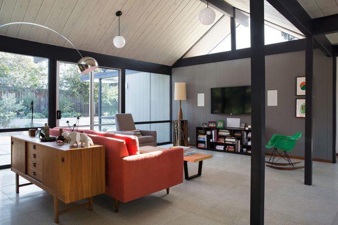 renewed-classic-eichler-sunnyvale-california-klopf-architecture-12