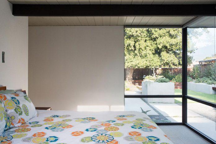 renewed-classic-eichler-sunnyvale-california-klopf-architecture-17