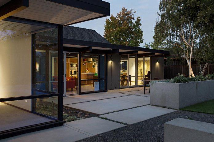 renewed-classic-eichler-sunnyvale-california-klopf-architecture-25