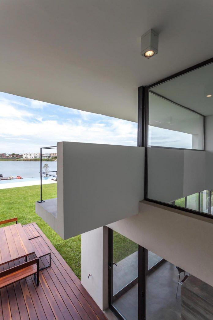 san-benito-house-besonias-almeida-arquitectos-17