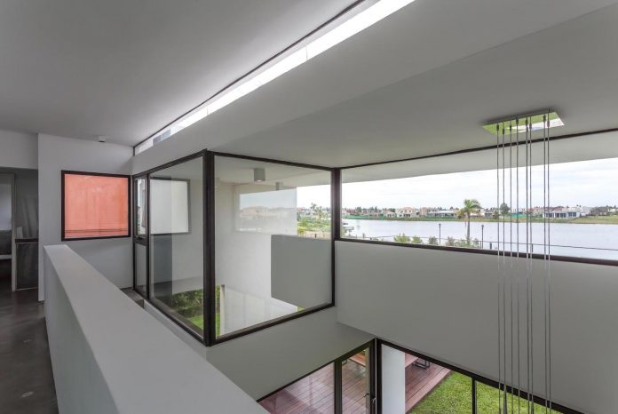 san-benito-house-besonias-almeida-arquitectos-18