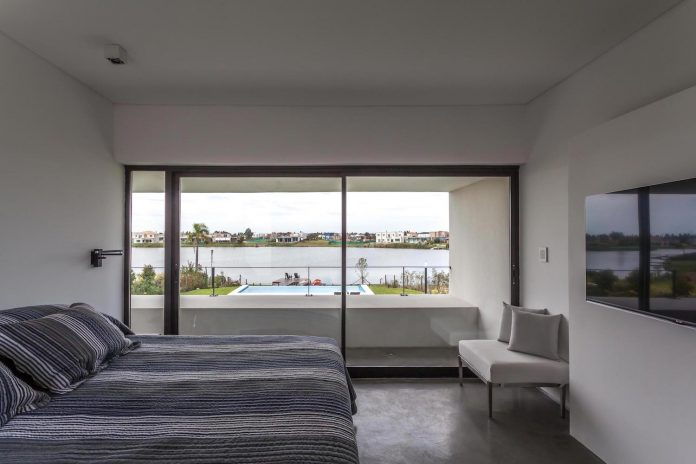 san-benito-house-besonias-almeida-arquitectos-19