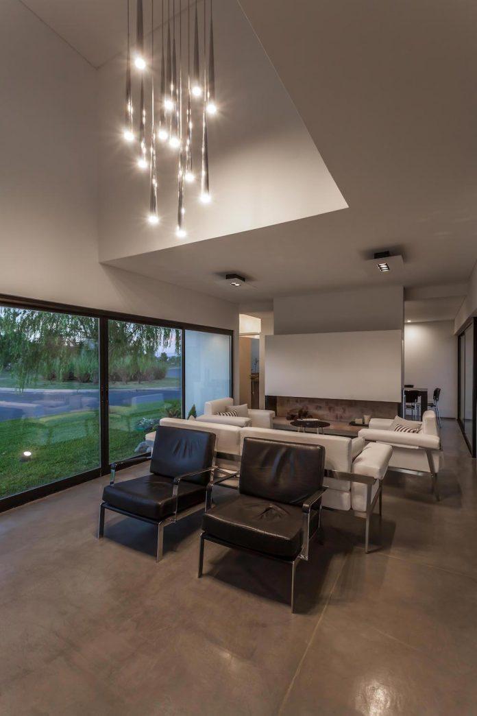 san-benito-house-besonias-almeida-arquitectos-23