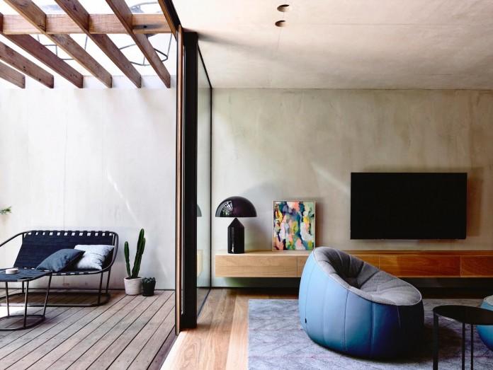 schulberg-demkiw-architects-design-beach-ave-villa-warm-contrast-established-concrete-hoop-pine-tallowwood-05