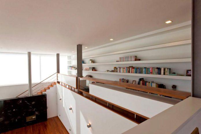 sg-house-atelier-darquitectura-j-lopes-da-costa-09