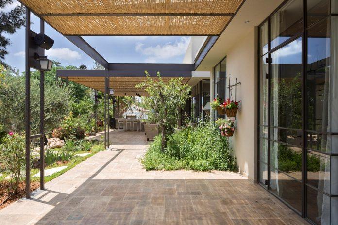 sharon-1-villa-hasharon-israel-architects-03