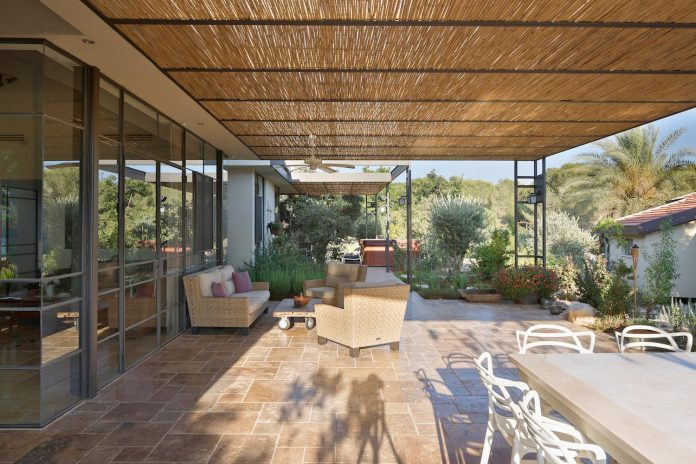 sharon-1-villa-hasharon-israel-architects-04