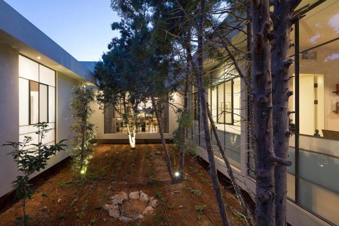 sharon-1-villa-hasharon-israel-architects-11
