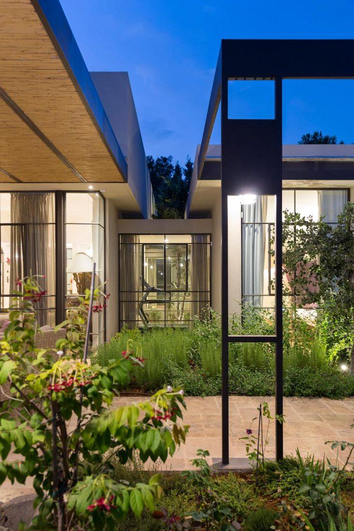 sharon-1-villa-hasharon-israel-architects-13