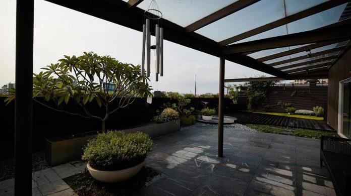 sky-villa-top-floor-high-rise-building-downtown-taipei-cj-studio-16