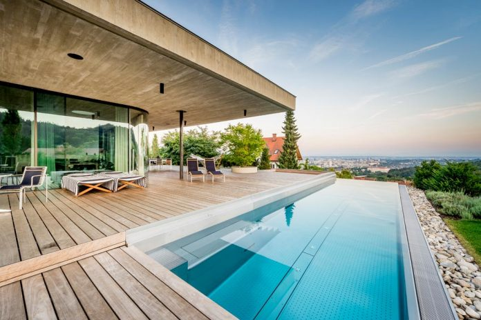 spectacular-views-linz-e-villa-designed-caramel-architekten-02