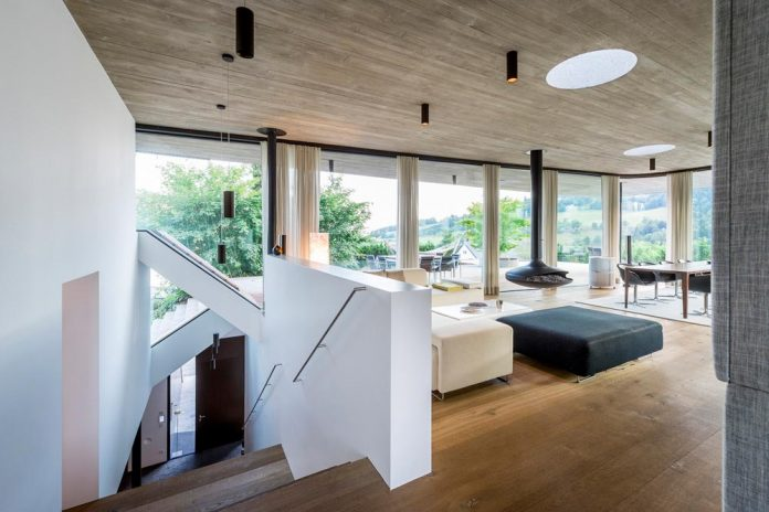 spectacular-views-linz-e-villa-designed-caramel-architekten-03
