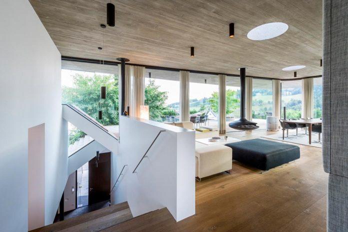 spectacular-views-linz-e-villa-designed-caramel-architekten-03