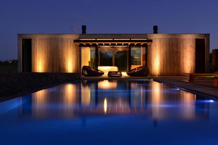 steverlyncki-glesias-molli-arquitectos-design-cl-house-oriented-towards-lake-golf-course-18