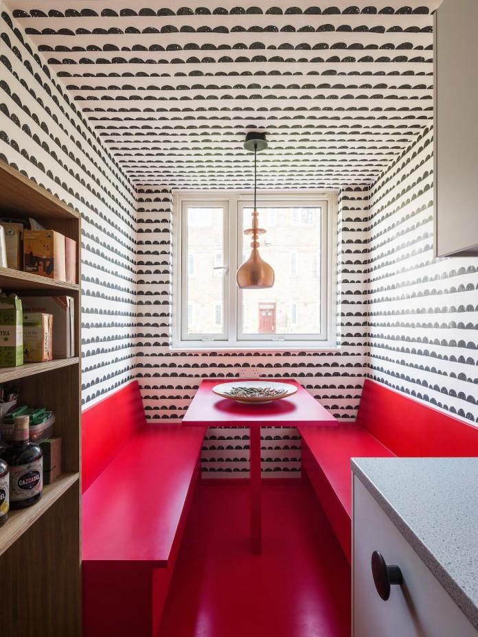 studio-alexander-fehre-design-apartment-filippo-colourful-484-square-foot-home-city-london-03