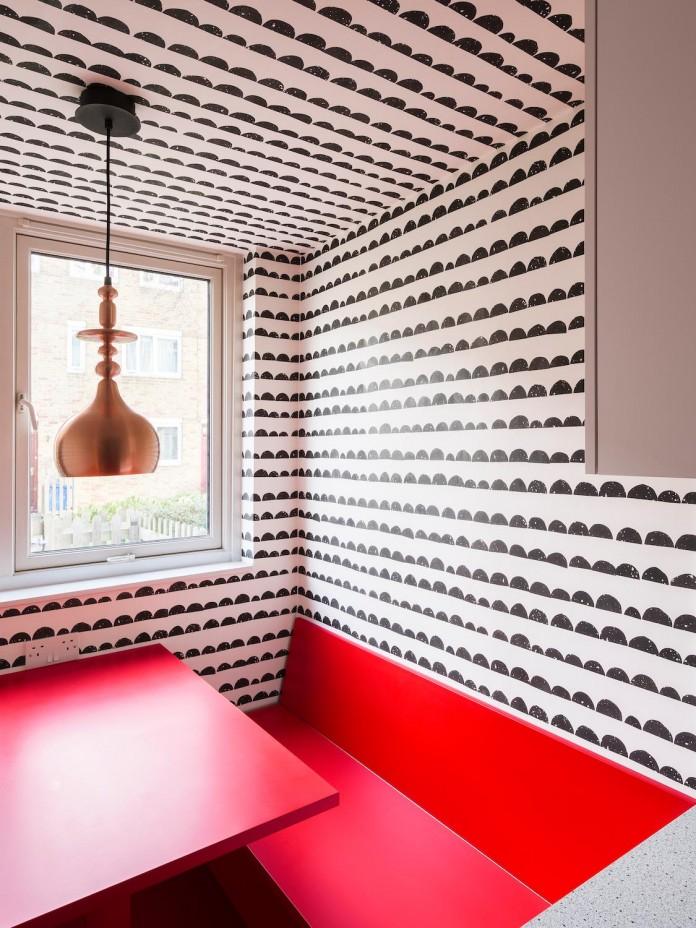 studio-alexander-fehre-design-apartment-filippo-colourful-484-square-foot-home-city-london-04