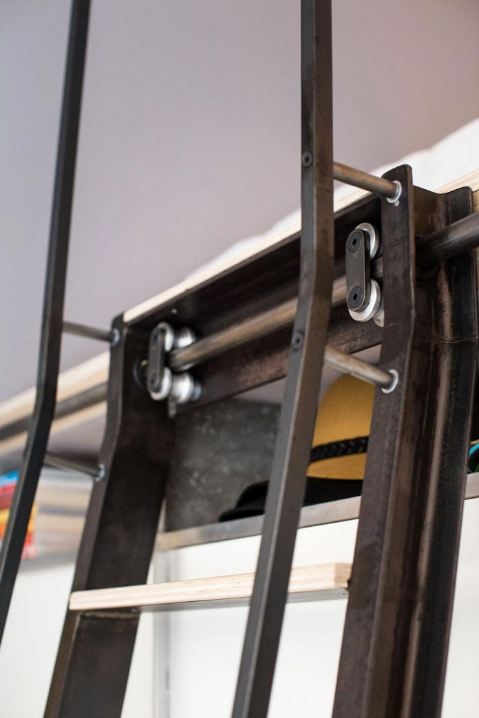 tiny-domino-loft-located-san-francisco-designed-icosa-design-13
