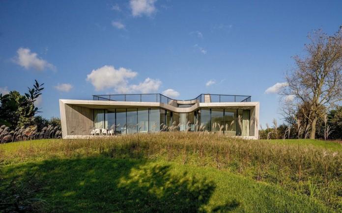 un-studio-design-w-n-d-villa-eco-friendly-netherlands-home-near-sea-01