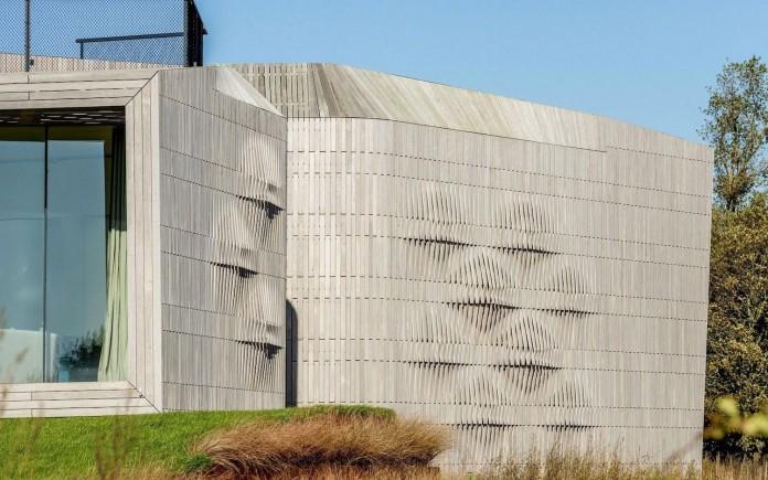 un-studio-design-w-n-d-villa-eco-friendly-netherlands-home-near-sea-04