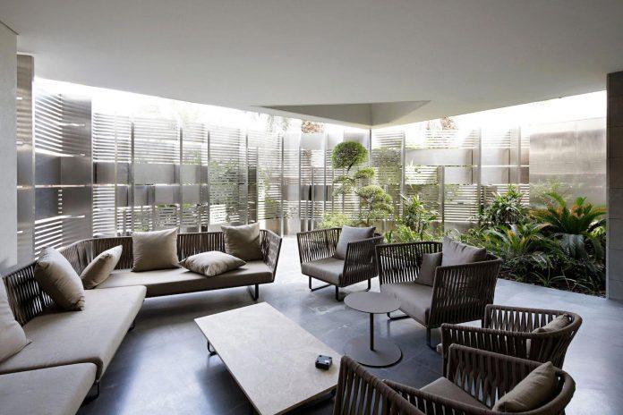 wall-house-agi-architects-08