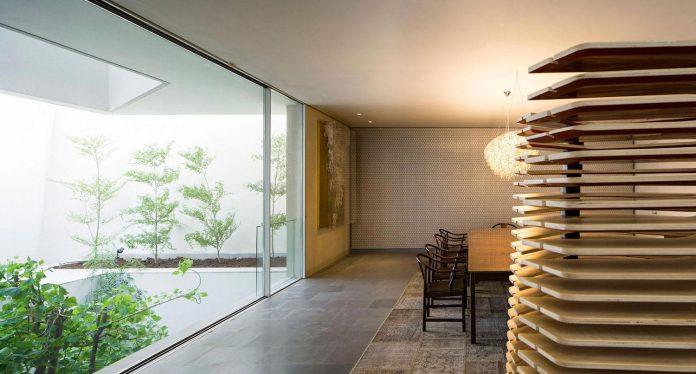 wall-house-agi-architects-16