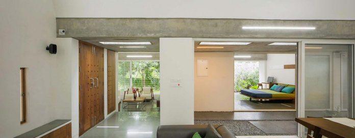 walls-vaults-villa-lijo-reny-architects-15