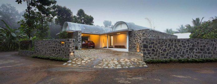 walls-vaults-villa-lijo-reny-architects-29