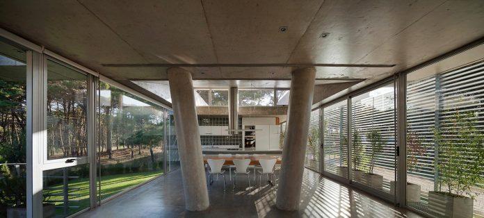 alamos-concrete-house-near-pinamar-buenos-aires-province-estudio-galera-17