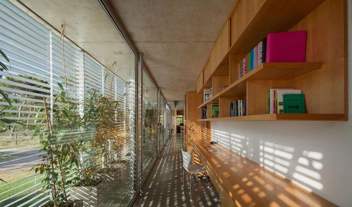 alamos-concrete-house-near-pinamar-buenos-aires-province-estudio-galera-24