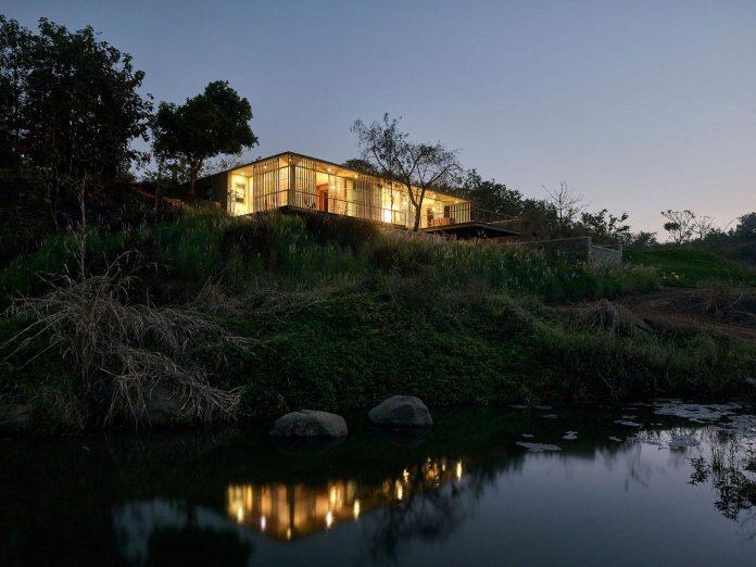 architecture-brio-design-riparian-house-surrounded-nature-near-mumbai-20