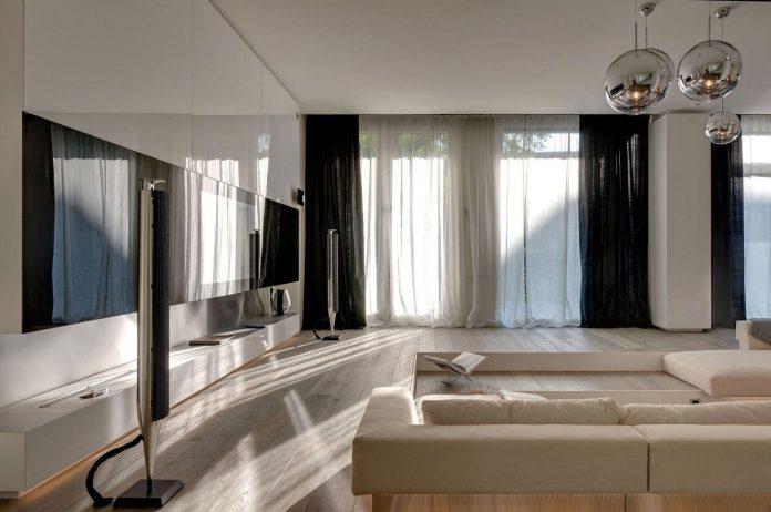art-loft-townhouse-centre-berlin-germany-starck-collaboration-swiss-property-02