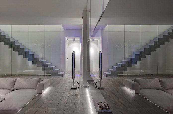 art-loft-townhouse-centre-berlin-germany-starck-collaboration-swiss-property-07