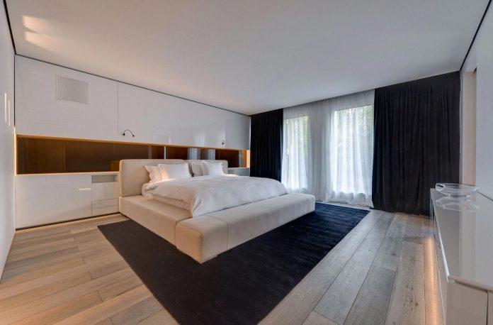 art-loft-townhouse-centre-berlin-germany-starck-collaboration-swiss-property-12