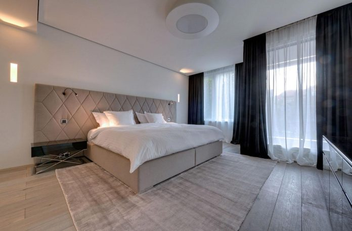 art-loft-townhouse-centre-berlin-germany-starck-collaboration-swiss-property-14