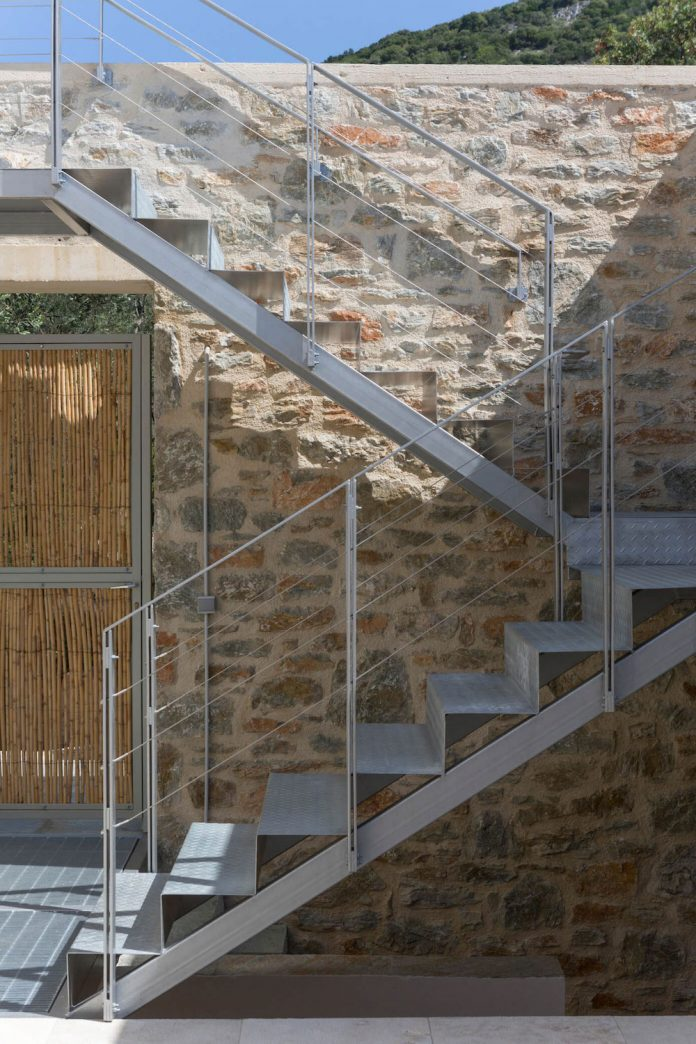 atrium-villas-skiathos-greece-designed-hhh-architects-11