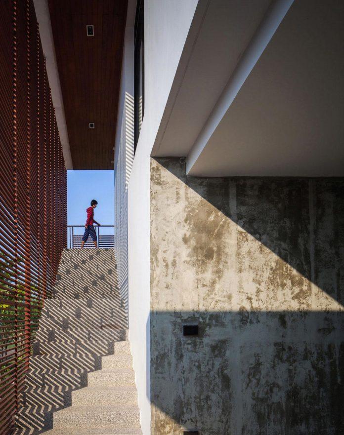 baan-bang-saray-holiday-villa-junsekino-architect-design-05
