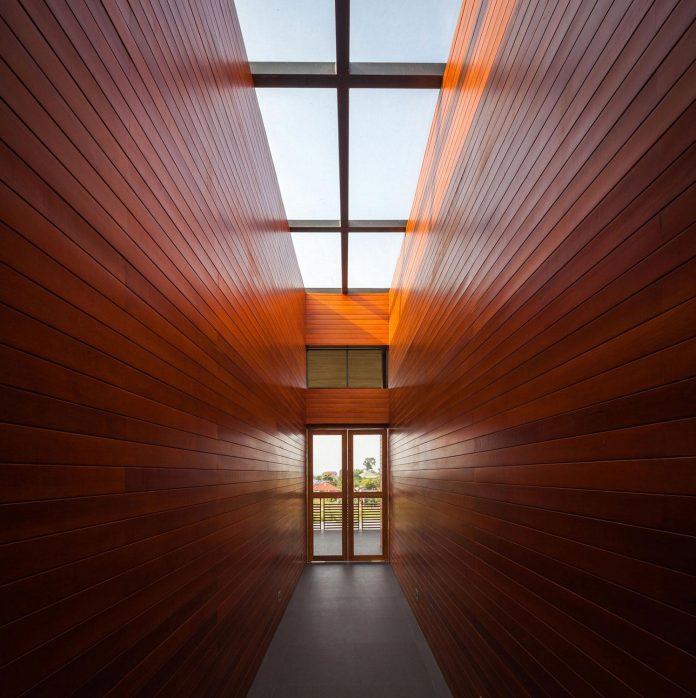 baan-bang-saray-holiday-villa-junsekino-architect-design-09