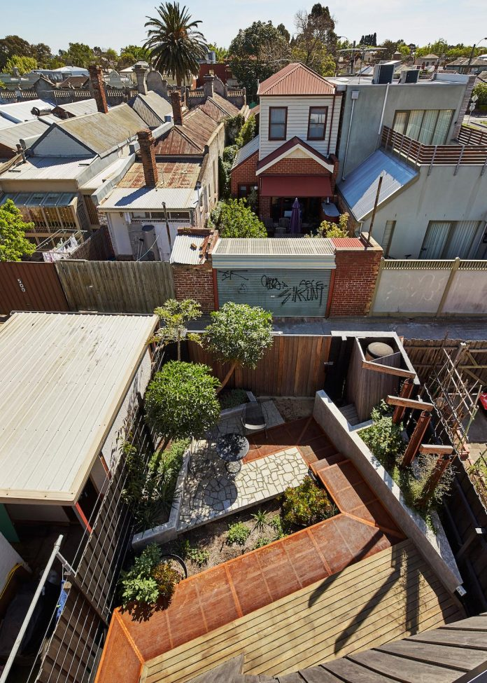 bower-contemporary-house-situated-carlton-north-melbourne-andrew-simpson-architects-06