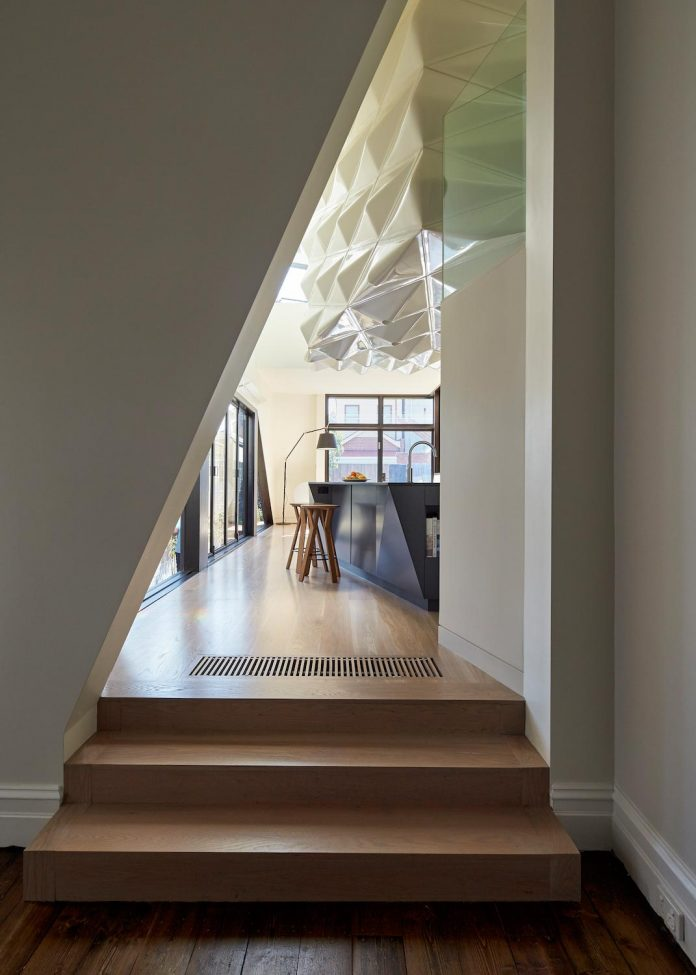 bower-contemporary-house-situated-carlton-north-melbourne-andrew-simpson-architects-08