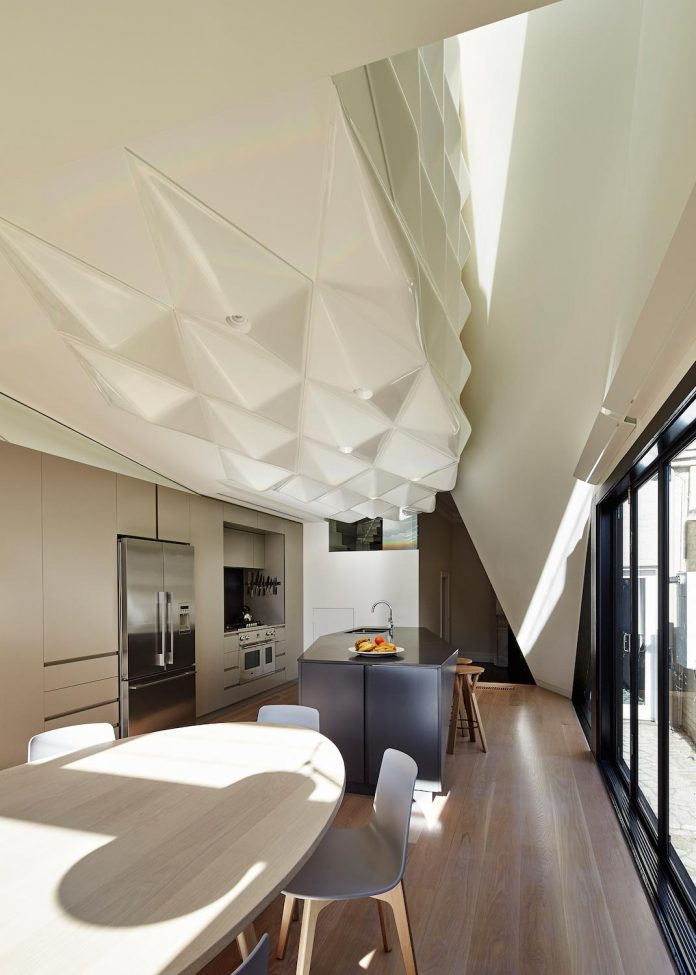 bower-contemporary-house-situated-carlton-north-melbourne-andrew-simpson-architects-10