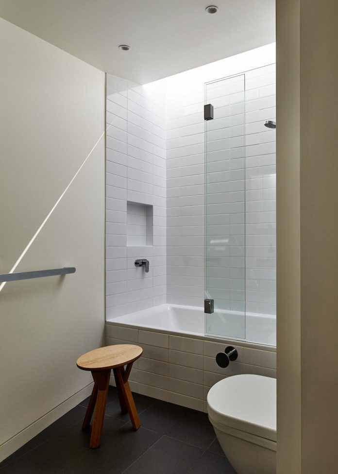 bower-contemporary-house-situated-carlton-north-melbourne-andrew-simpson-architects-17