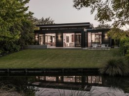 Bradnor Road Home sits on a tree lined cul-de-sac in Fendalton, Christchurch designed by Cymon Allfrey Architects Ltd