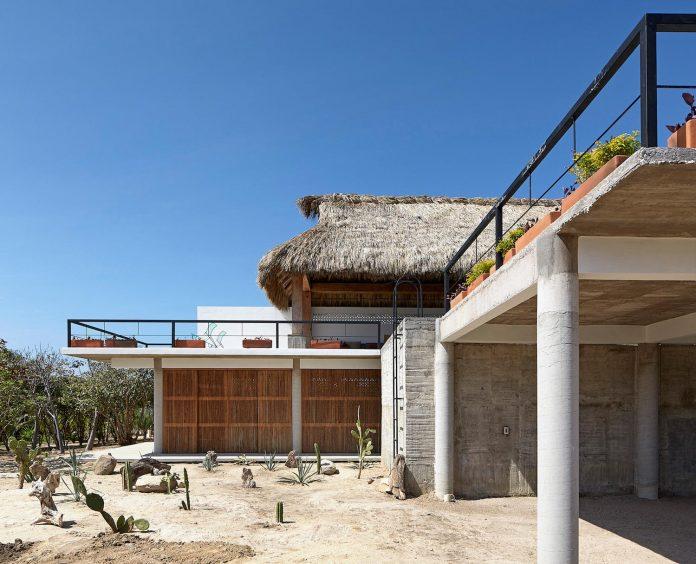 cal-beach-house-near-puerto-escondido-oaxaca-mexican-surf-mecca-designed-baaq-02