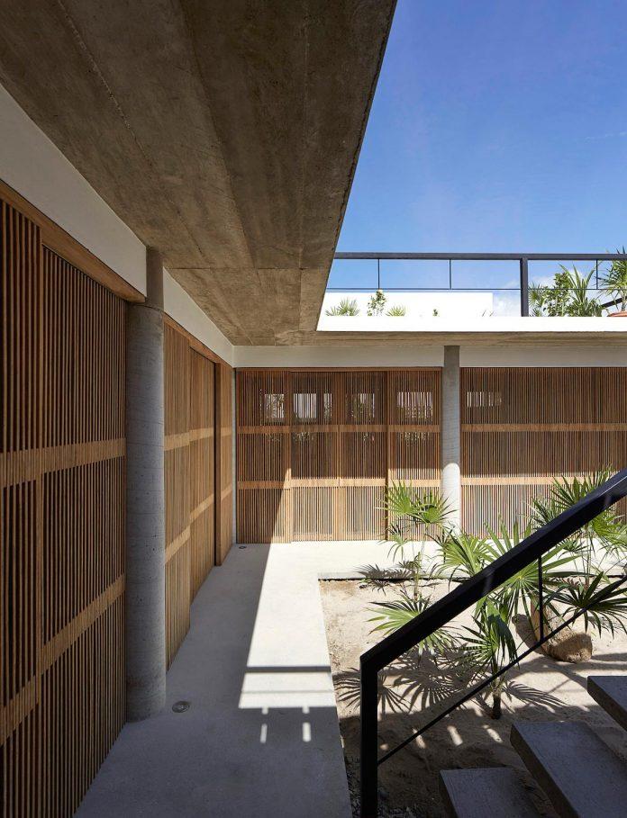 cal-beach-house-near-puerto-escondido-oaxaca-mexican-surf-mecca-designed-baaq-08
