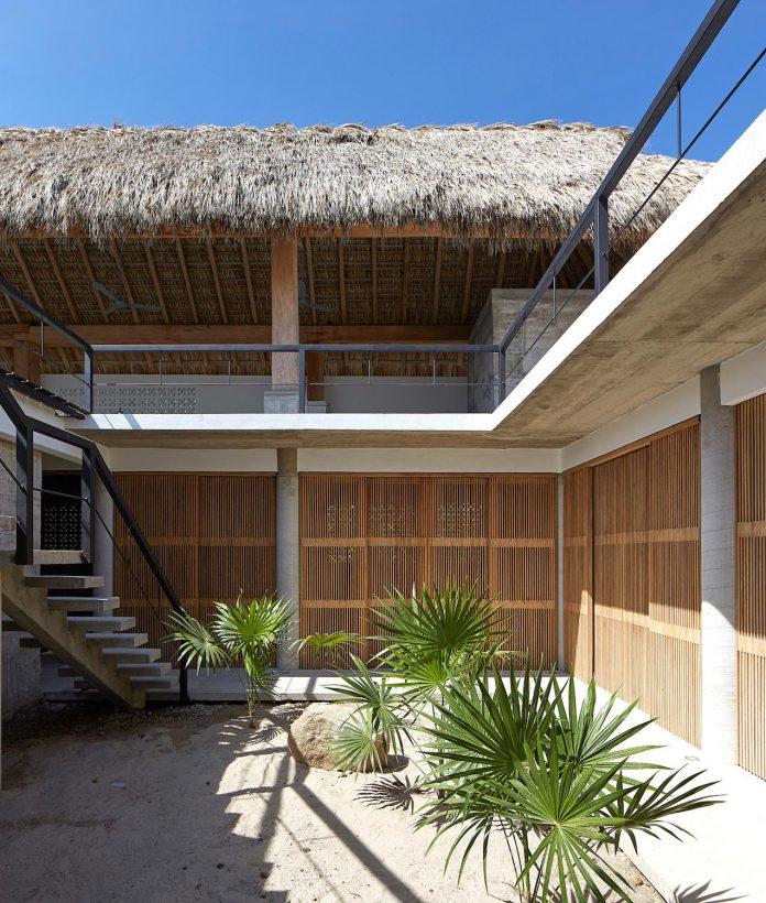 cal-beach-house-near-puerto-escondido-oaxaca-mexican-surf-mecca-designed-baaq-09