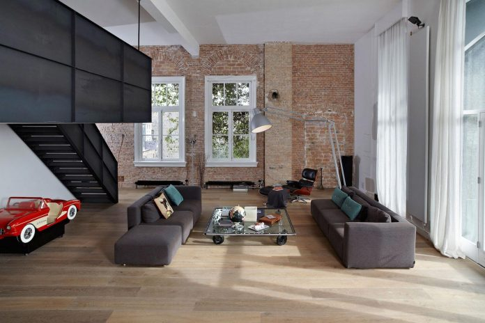 charming-canal-house-designed-witteveen-architects-amsterdam-netherlands-03