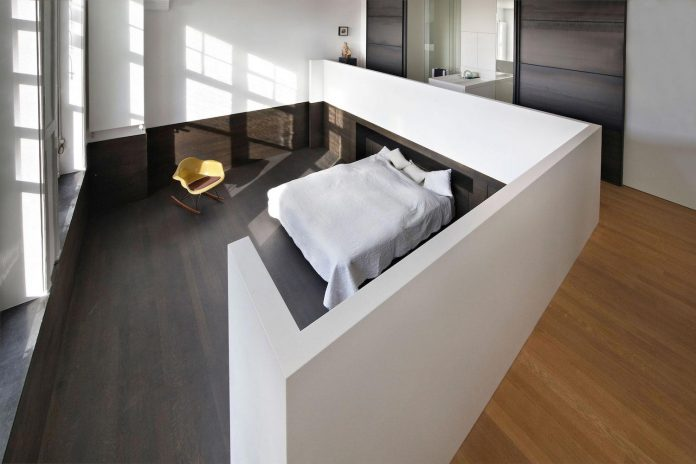charming-canal-house-designed-witteveen-architects-amsterdam-netherlands-16