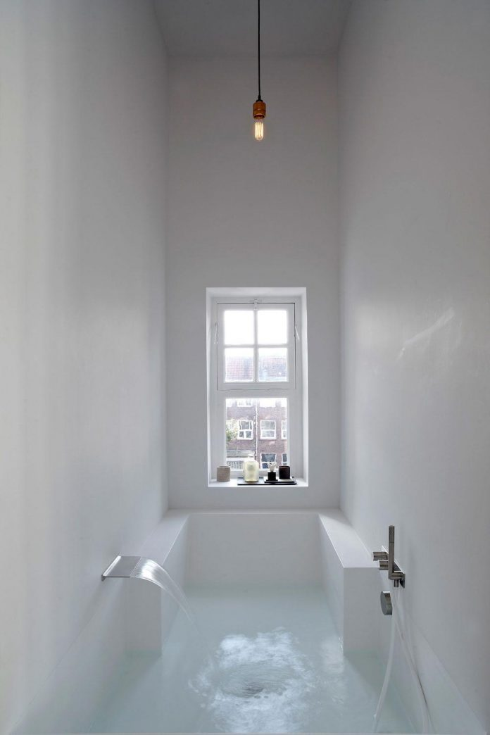 charming-canal-house-designed-witteveen-architects-amsterdam-netherlands-24
