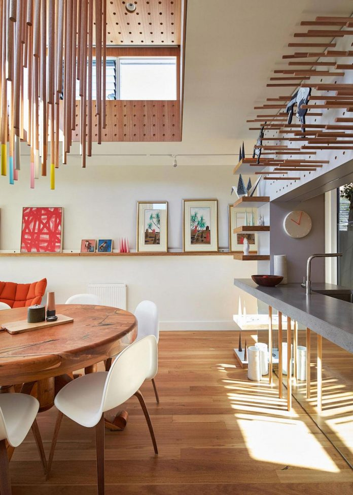 colourful-chic-dowel-town-house-melbourne-refurbished-fmd-architects-10